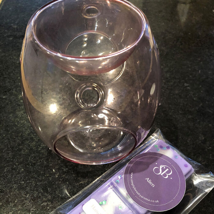 Glass Burner with Designer Fragrance Wax Melts